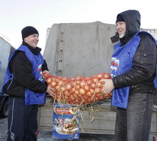 За ставропольскими продуктами покупатели выстраиваются в очереди