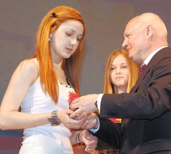 243 выпускника ставропольских школ получили золотые и серебряные медали