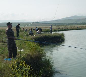 Силовики любят рыбалку