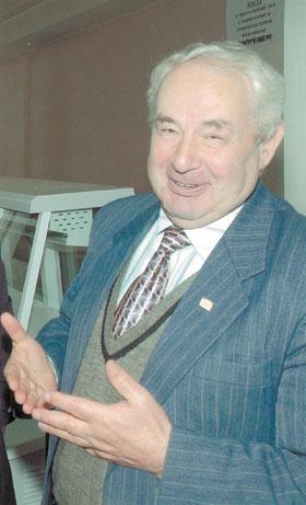 Губернатор Ставропольского края Валерий Гаевский вручил группе ставропольцев федеральные и краевые награды