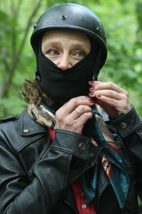 Елена Сафонова станет байкером