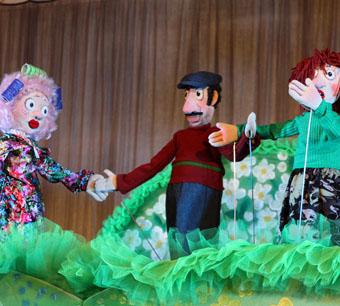 Театр кукол встречает зрителей на новом месте
