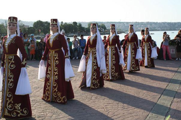 Ансамбль «Элефтерия» присоединился к «Родникам России»