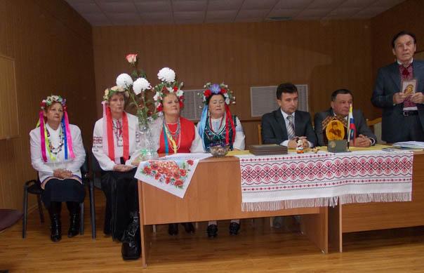 Два украинских консула - в гостях у «Днипро»