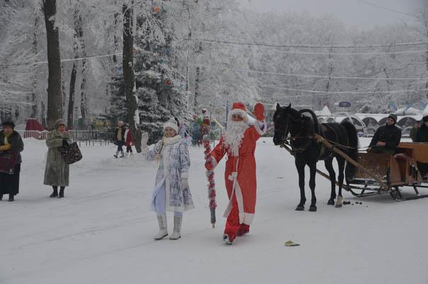 Деды Морозы собрались на ассамблею