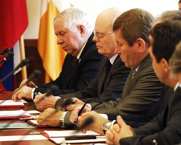 Заседание антитеррористической комиссии перед длинными праздниками