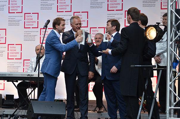 Евгений Миронов: «Чтобы Северный Кавказ стал, как прежде, прекрасной спокойной  территорией»