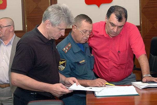 В Ставрополе устраняют последствия ливня