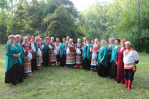Ставропольские «Русские узоры»  побывали в есенинских краях