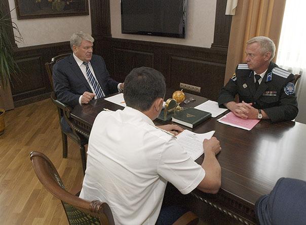 Губернатор встретился с казаками