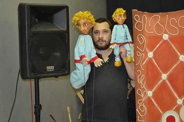 Кукольники готовят премьеры не только для детей