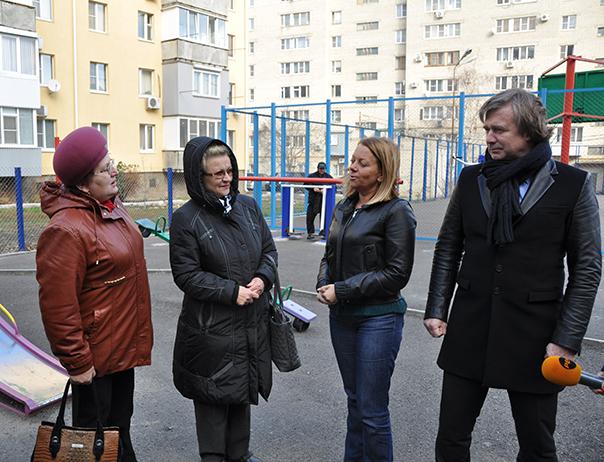Благоустройство дворов Октябрьского района
