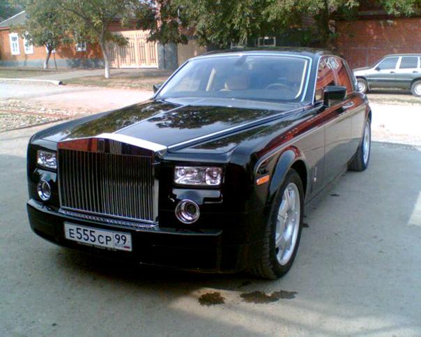 Машины дороже трёх миллионов рублей стали роскошью