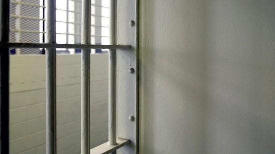 НаСтаврополье сотрудника тюрьмы осудили запокупку наркотиков заключенному
