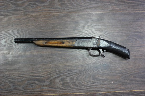Невинномысские полицейские обнаружили оружие ибоеприпасы вдомах местных граждан