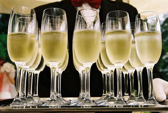 В Российской Федерации началось масштабное исследование шампанского