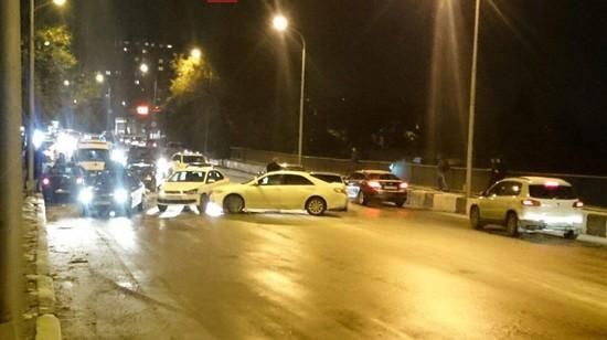 ВСтаврополе столкнулись 5 авто