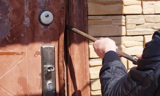 ВПятигорске задержаны новогодние расхитители вина Ставрополье