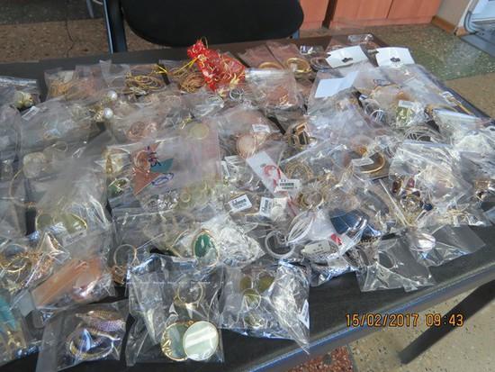 ИзТурции вСтаврополь туристка незаконно привезла 4 кило драгоценностей наперепродажу
