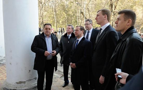 Нужно посодействовать среконструкцией «Нижних минеральных ванн» вЕссентуках— Медведев