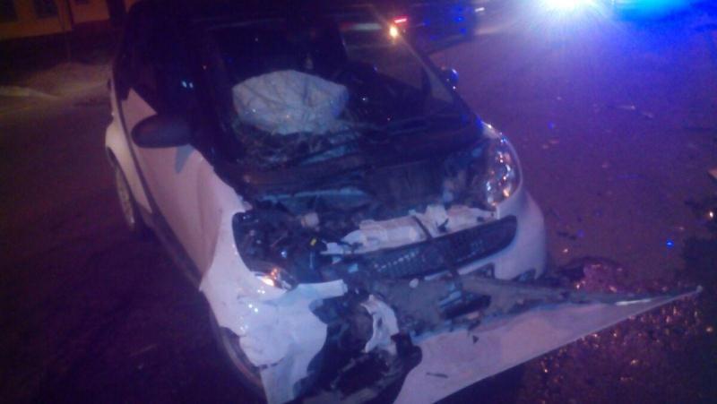 На ставрополье в аварии пострадали водитель и пассажир мопеда