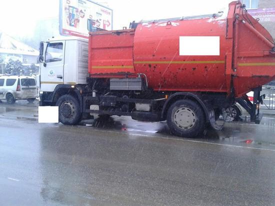 ВСтаврополе мусоровоз сбил пенсионерку