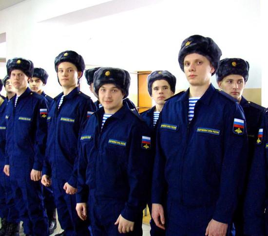 1-ый вКрыму десантно-штурмовой батальон ВДВ получил боевое знамя