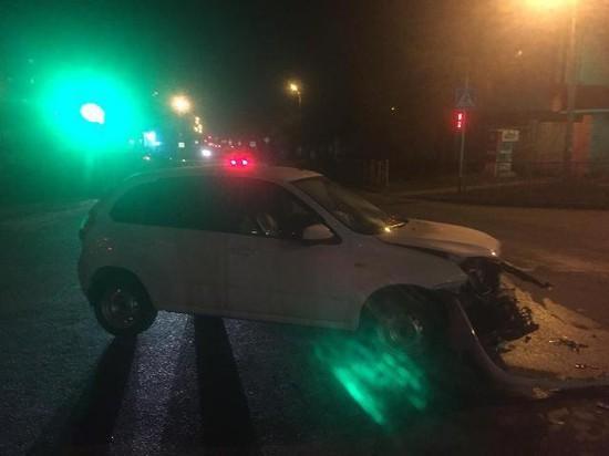ВСтаврополе при столкновении 2-х легковых автомобилей пострадал 3-х летний ребёнок